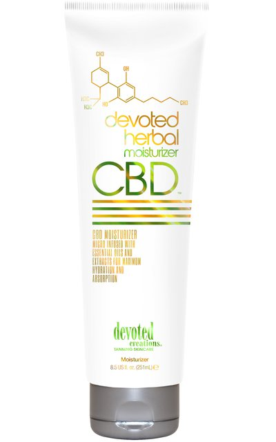 Фото крема Devoted CBD Herbal Moisturizer