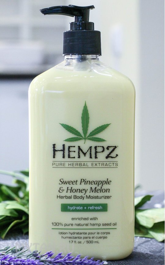 Фото крема Hempz Sweet Pineapple & Honey Melon Herbal Body Moisturizer